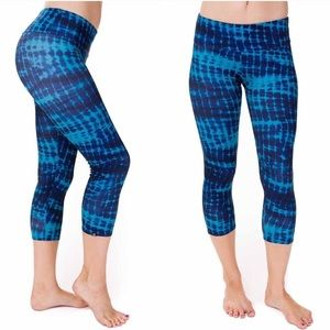 Onzie Pants - ONZIE Teal Tie Dye Crop Leggings XS